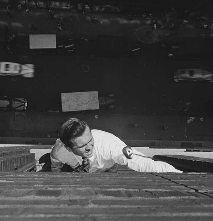couch/uploads/image/artikkler/2017/galskap/kubrick//vintage-photographs-new-york-street-life-stanley-kubrick-17-59a91d0e0a378__700.jpg