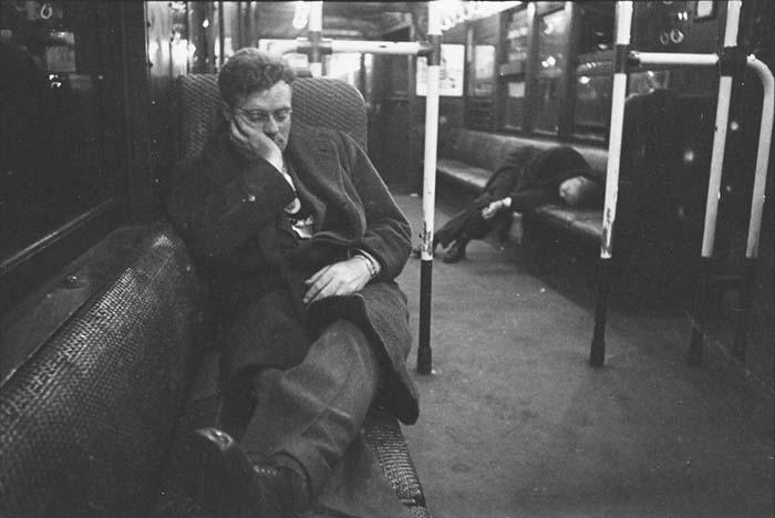 couch/uploads/image/artikkler/2017/galskap/kubrick//vintage-photographs-new-york-street-life-stanley-kubrick-49-59a91cf35bd18__700.jpg