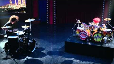 Dave Grohl & Animal Drum Battle